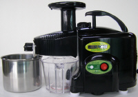Green Power Kempo Juicer with TWIN GEAR technology.  Click image to enlarge.